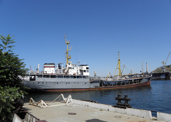 "Small Seagoing Tanker ""Indiga"""
