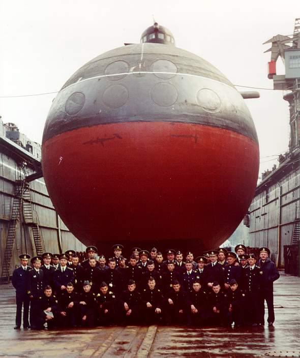 подводная ялик  варшавянка экипаж
